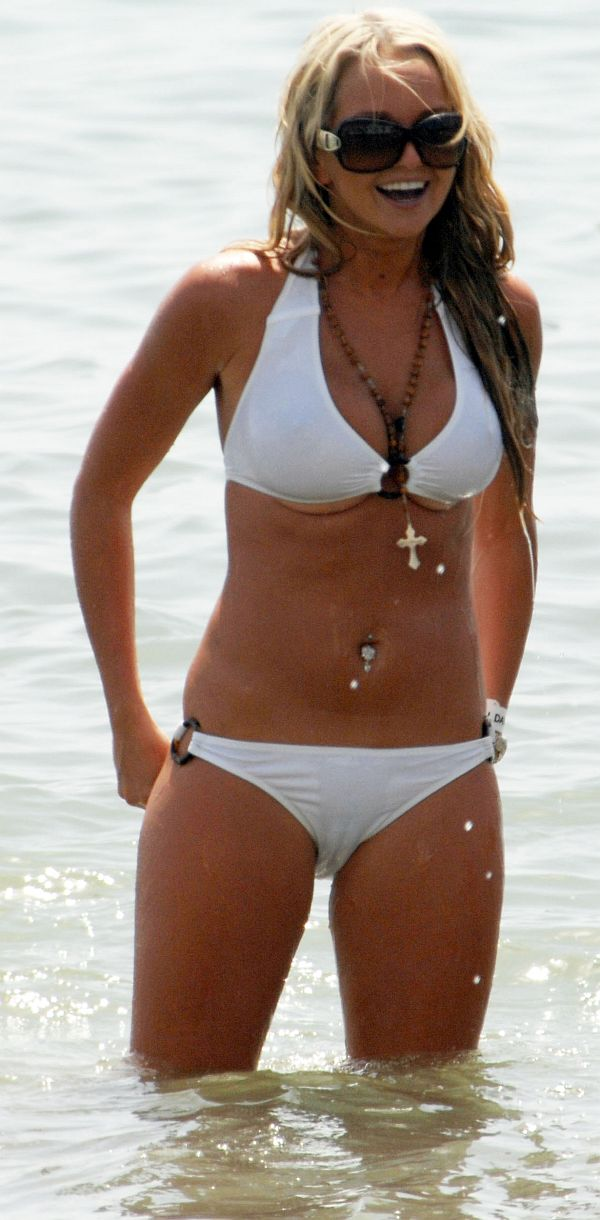 Click on pic to see full camel toe! Posted in Uncategorized